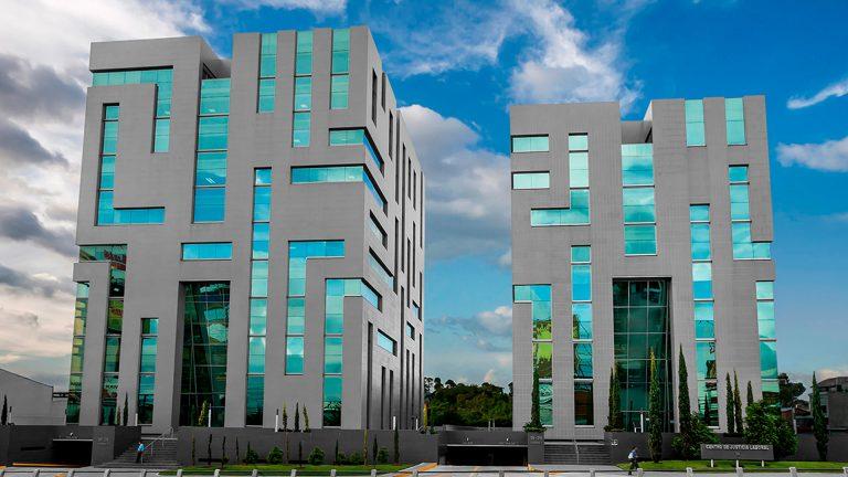 Complexo de edifícios do Centro de Justicia Laboral